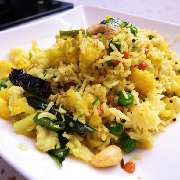 cauliflower and peas rice