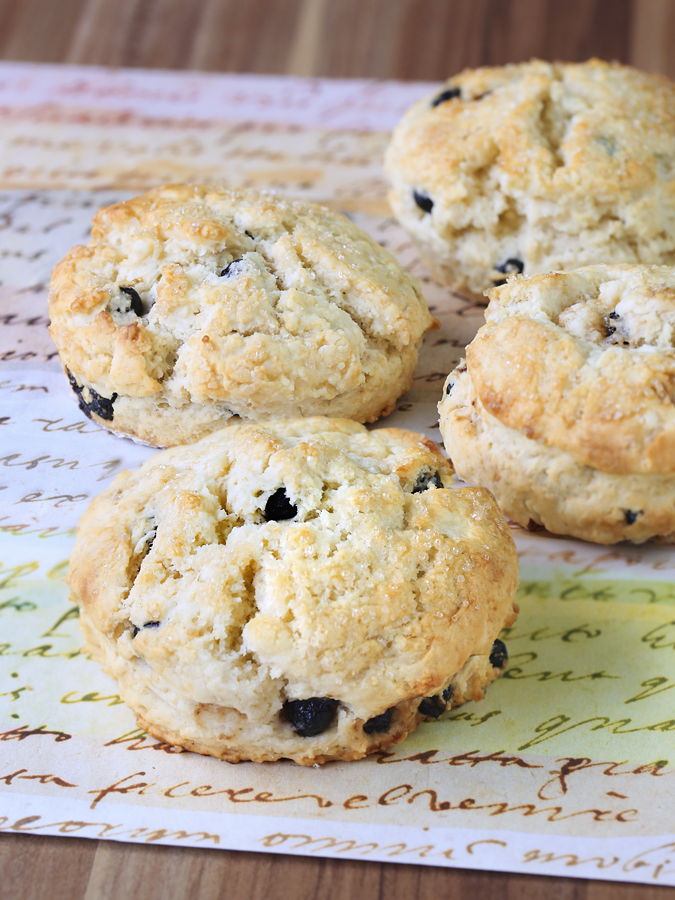 Dried Cherries and Blueberries Scones – My QBB Secrets