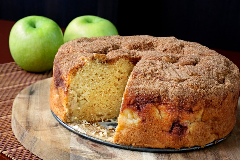 Sour Cream Apple Cake 02